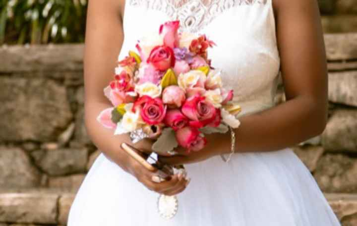 How big is your bouquet going to be? - 1