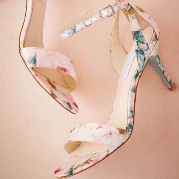 Shoes Shoes Shoes.... Shoe me your Shoes