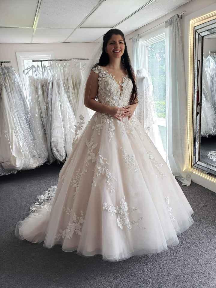 Petite brides Show your dresses! 10