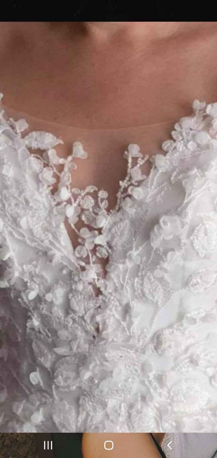 Wedding dress doubt - 1