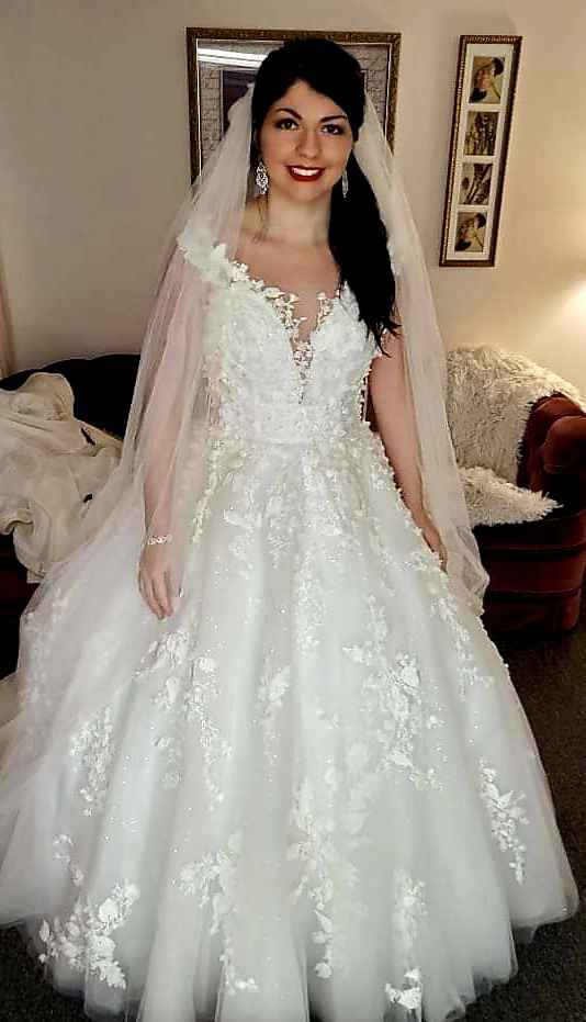 Wedding dress advice!! - 1