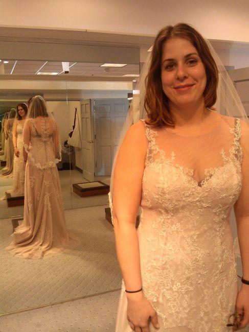 Wedding Dresses For Short Curvy Girls Weddings Wedding Attire