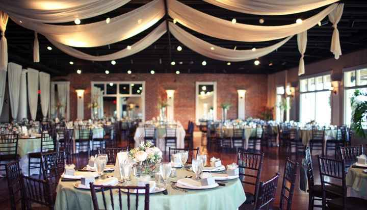 Draping option 1 (our venue)