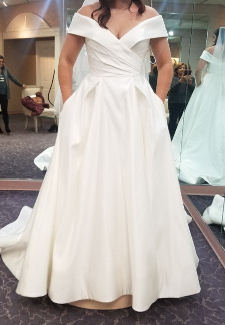 Let's see those ballgown dresses! 5