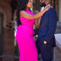 Drop an Engagement Pic with your Date & venue location - 1