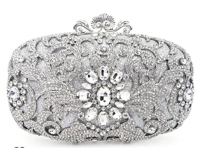 Show me your wedding day purse! 8