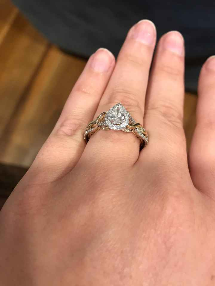 Let's see your engagement rings 💍💎🥰 - 1