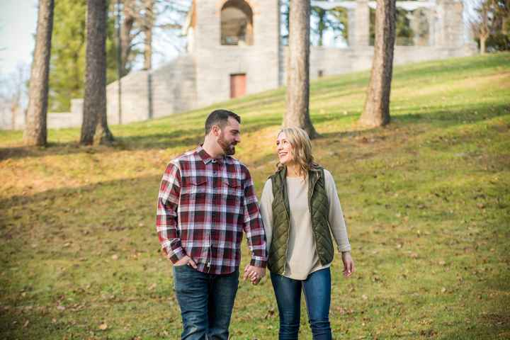 Engagement photos 😬 - 1