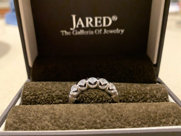 Show me your wedding bands! 😍 16