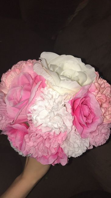 my diy bouquets just showing off weddings do it yourself wedding forums weddingwire. Black Bedroom Furniture Sets. Home Design Ideas