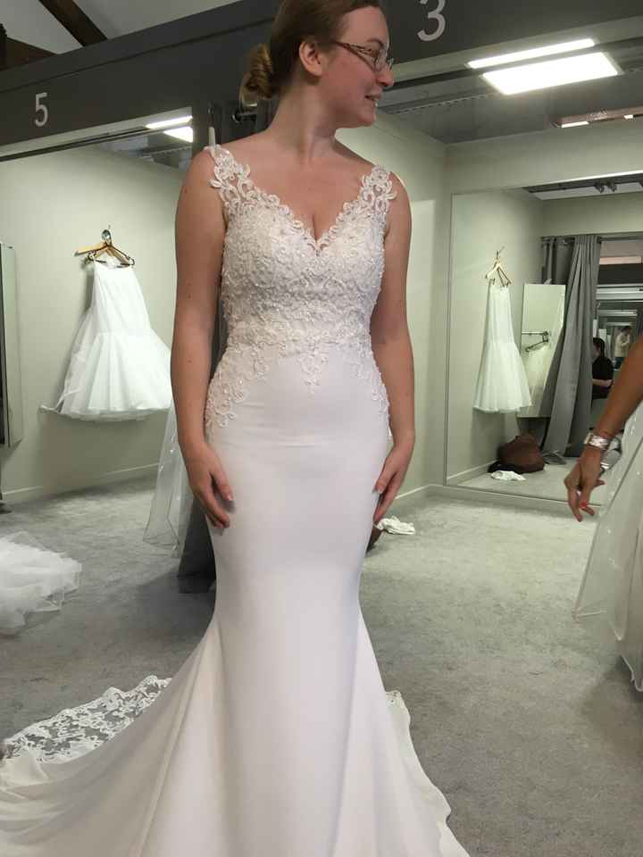Seamstress gone awol after last fitting a week before wedding! - 1