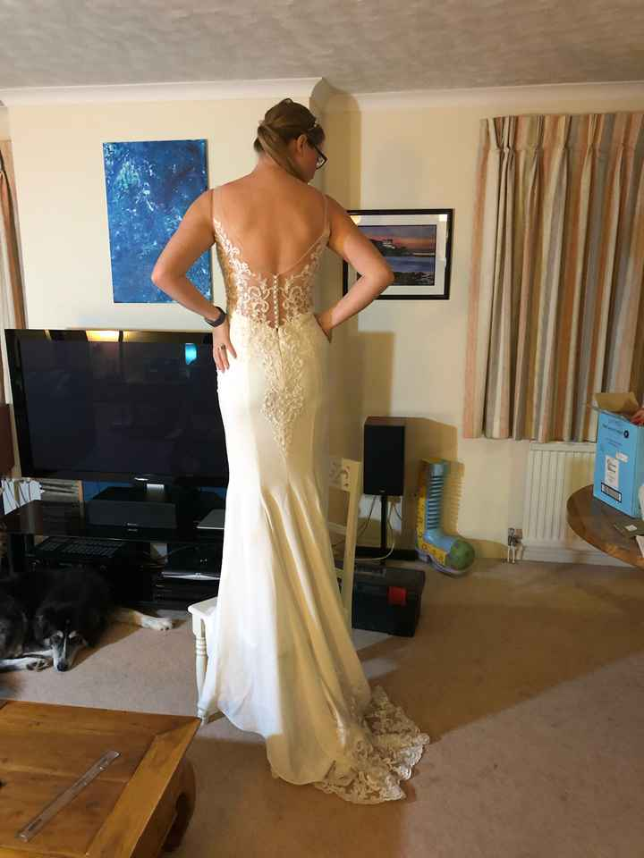Seamstress gone awol after last fitting a week before wedding! - 2
