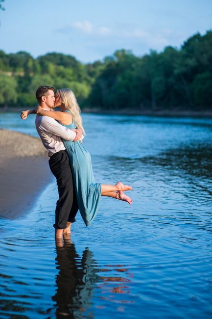 Favorite engagement pictures! 6