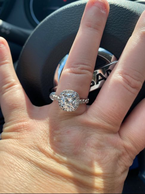 Brides of 2022! Show us your ring! 10