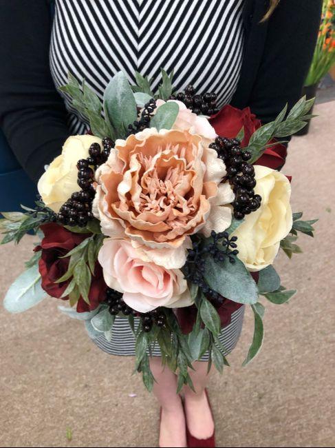 Fall Brides Drop Your Bouquet Inspiration 13