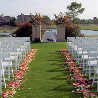 Calling all DIY Brides -- Need a solution for outdoor wedding decor!
