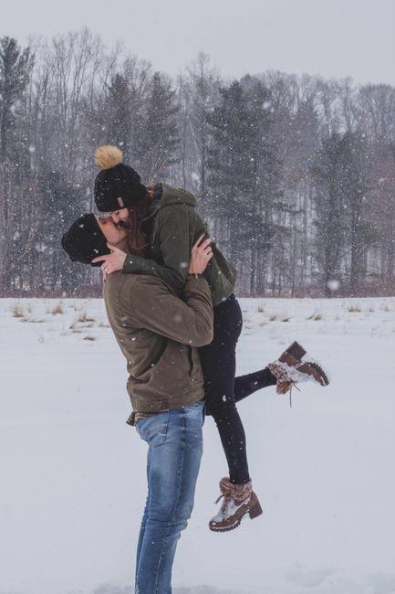 Engagement photo drop! 📸 25