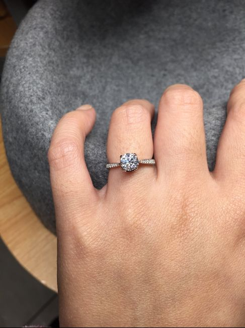Show off your solitaire ring! 💎 - 1