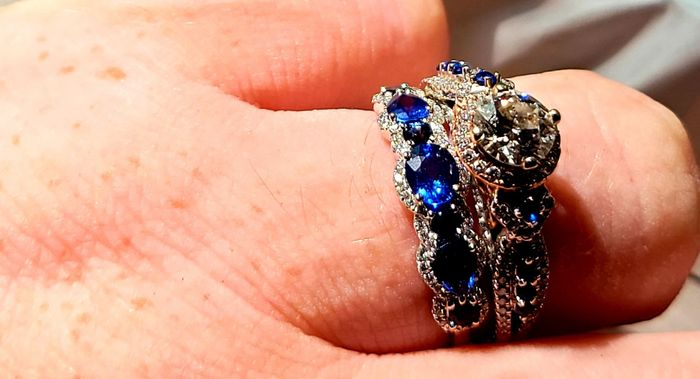 Show off your rings! 6