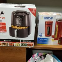 Ninja Air Fryer and Canisters