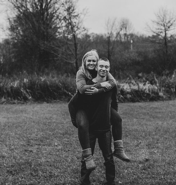Let me see your engagement photos! 😭 - 1