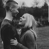 Let me see your engagement photos! 😭 - 4
