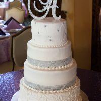 Wedding Cake Decor...cake topper?  Real flowers?  Fake flowers?  No flowers?  Sugar Flowers?  *SKETC