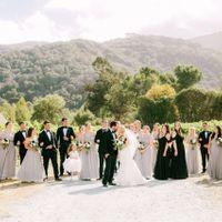 Uneven wedding party - 1