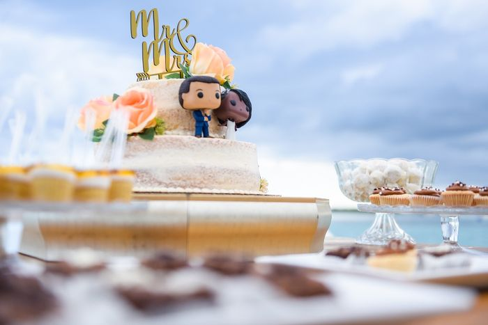 Tell me about the special touches at your wedding! 14