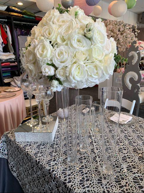 Fake floral centerpieces 3