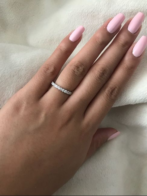 Just got my wedding band! Show yours off ladies! 6