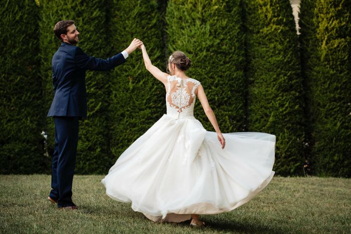 Wedding Dress Designers! Who are you wearing? 9