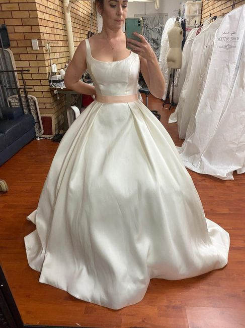 Who has said yes to the dress ? - 1
