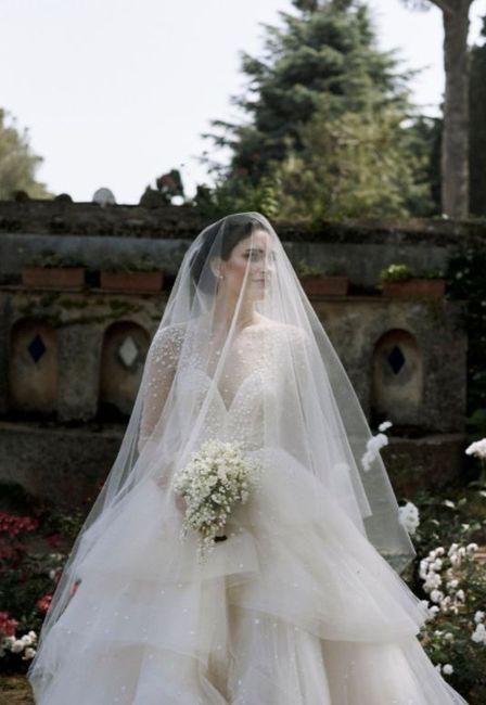 Let see veils or hair accessories ladies! - 1