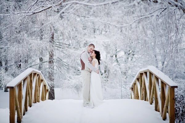 Roll Call For Winter Weddings! 1