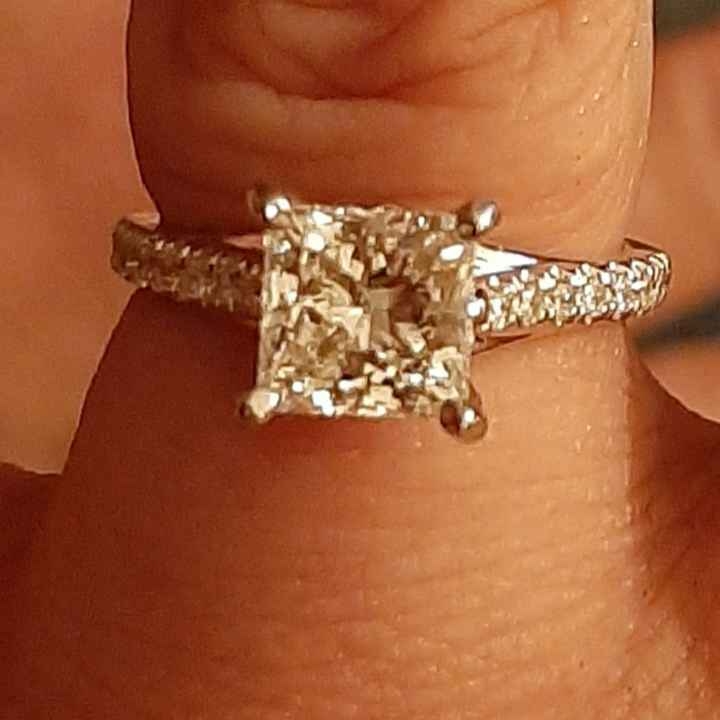 Will a 2ctw single row halo ring be stunning enough? - 2