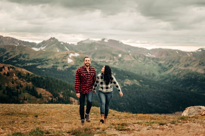 Engagement Photo outfits 5
