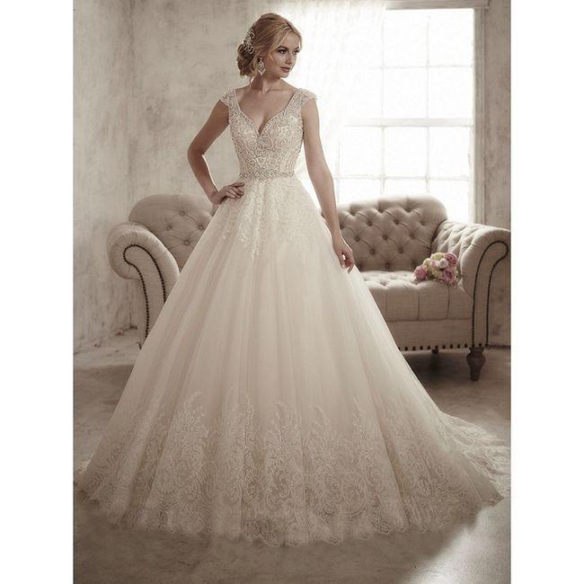 Fall wedding dress inspo 5