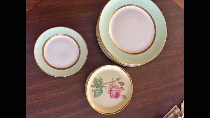 Mismatched China - on the hunt! - 1