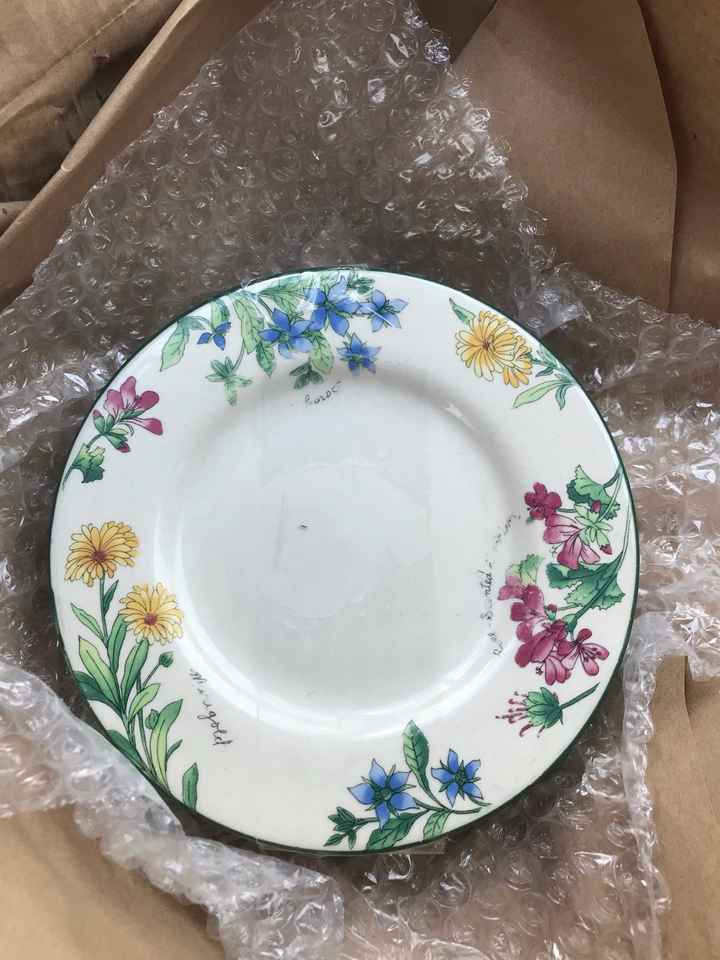 Mismatched China - on the hunt! - 5
