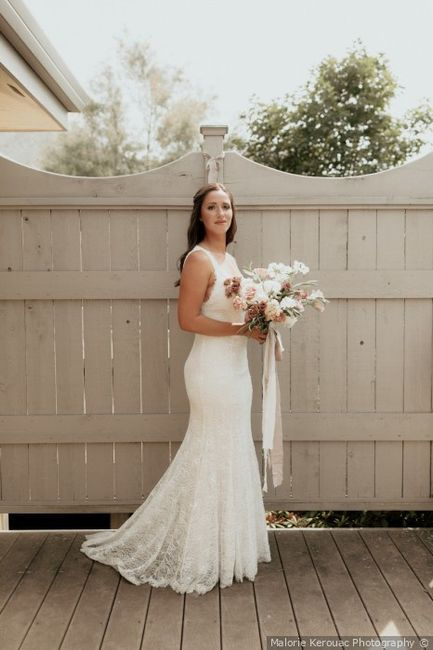 Strapless, sleeveless, or sleeves? What style is your wedding dress? 2