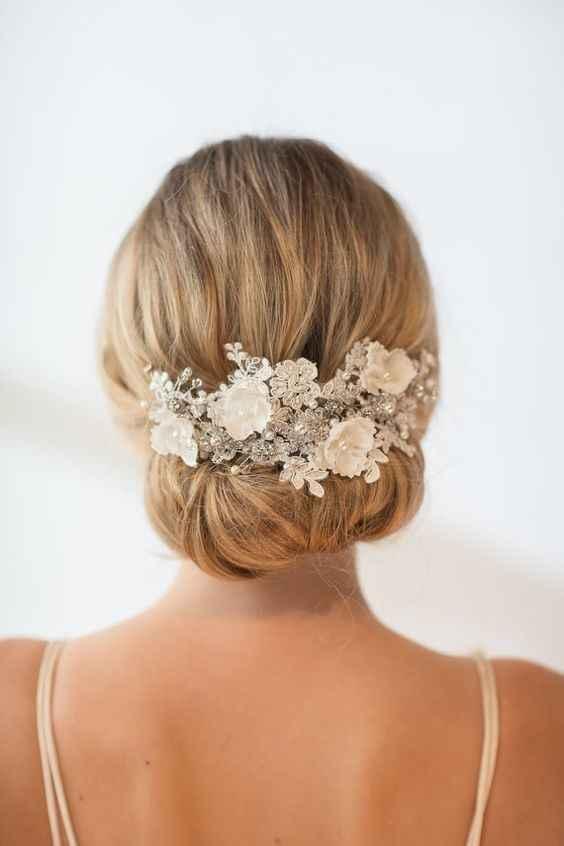 Flower Hairpiece