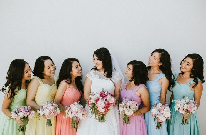 Your wedding in numbers: How many colors in your color palette? 1