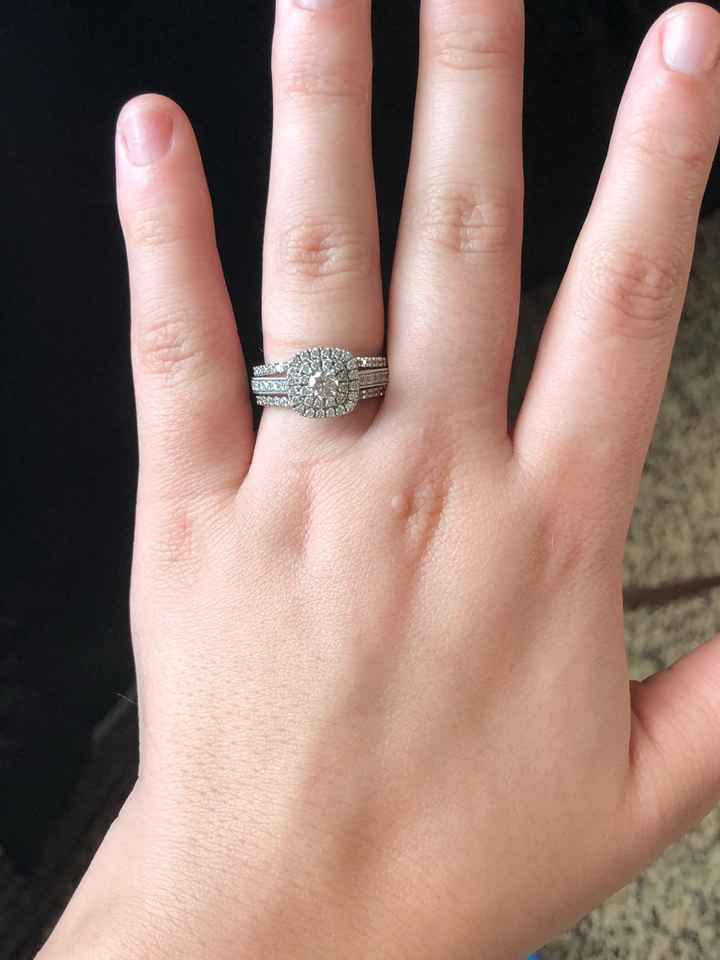 Let's see your engagement rings 💍💎🥰 - 3