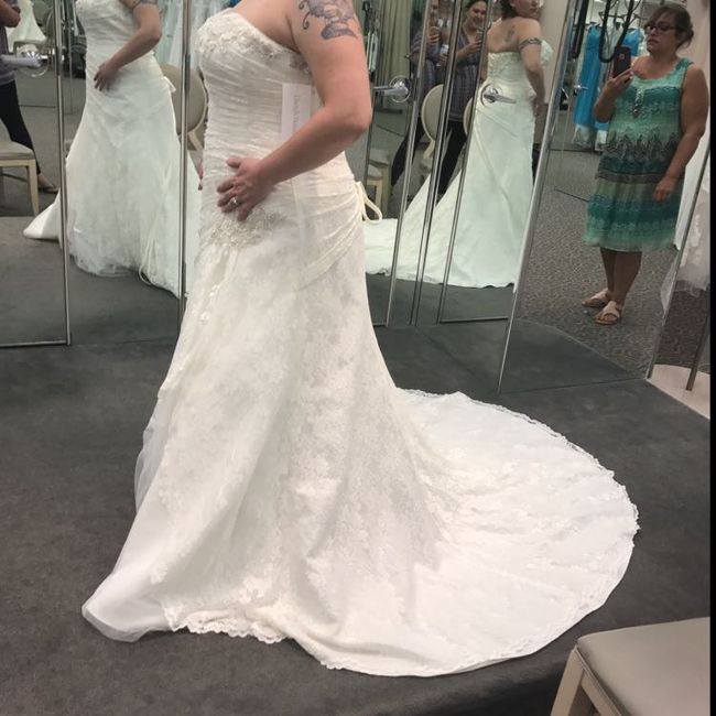 Who else loves lace?  Show off your lace dresses and/or veils! 17