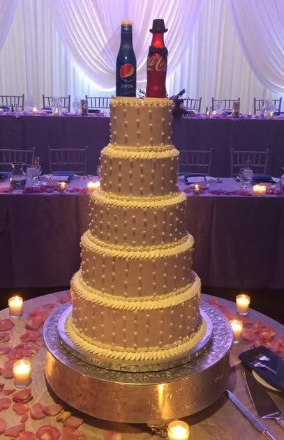 Show me your non-fondant wedding cake!