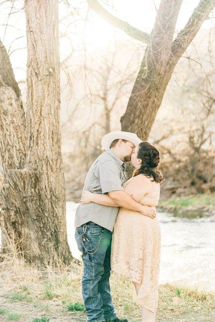 Engagement photo drop! 📸 14