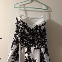 Hanging a Strapless Dress for Pictures - 1
