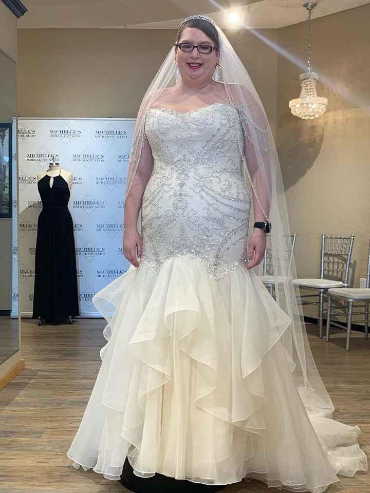 Plus size brides - 2
