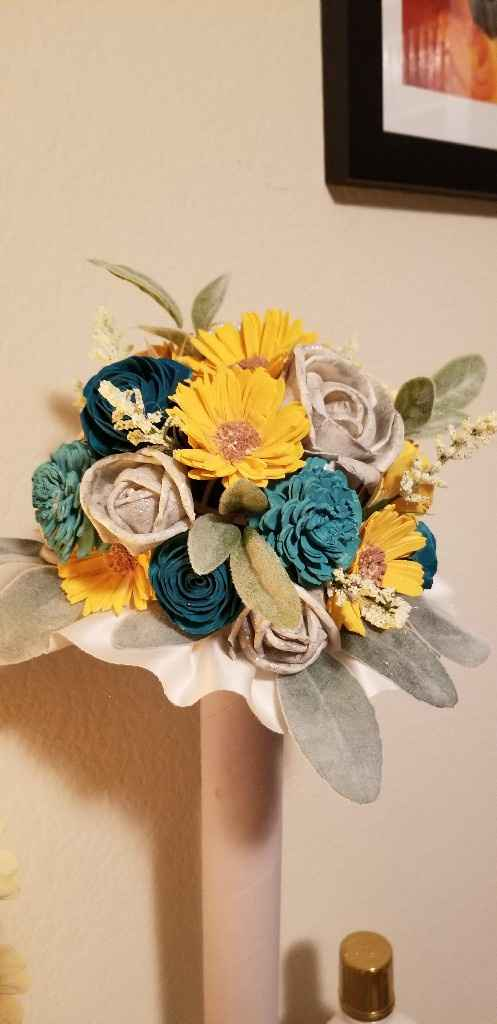 Hey Bouquet Sola Wood Flower Bouquets - 1